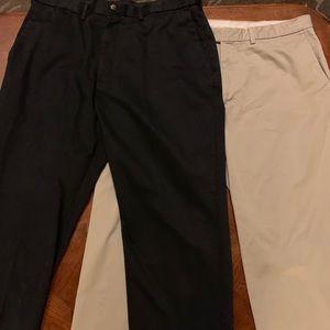 Set of 2 Men's Haggar pants. 38x32.
